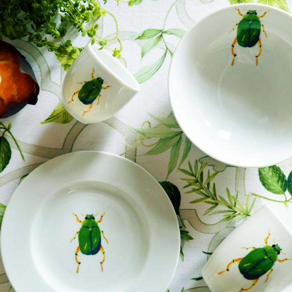 Servies Porselein Aanbieding.Kleurrijke Mokken Nodig Catchii Servies Met Exotische Dieren